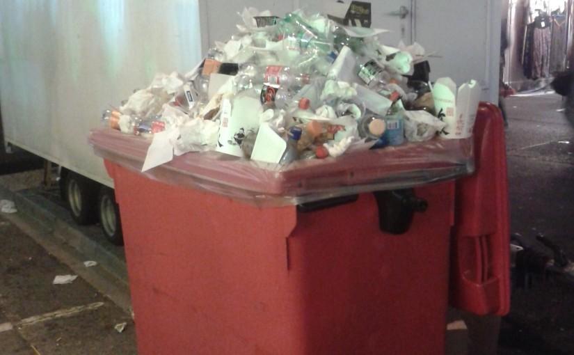 Müll bei Schouberfouer