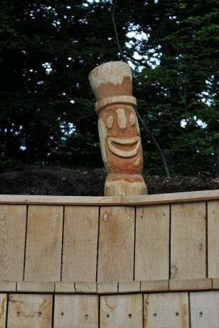 Amphietheater Holzfigur Clown
